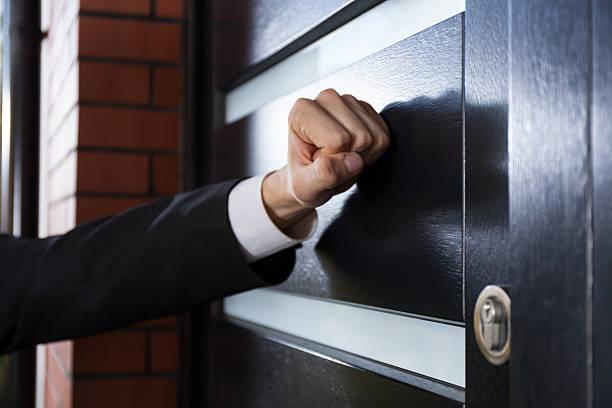 3,036 Door To Door Salesperson Stock Photos, Pictures & Royalty-Free Images  - iStock